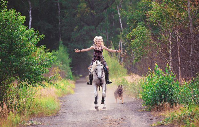 Beata Brzeziak pegaz fizjoterapia koni